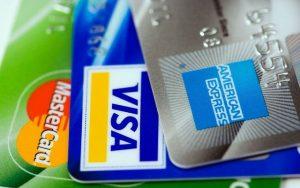 Les cartes bancaires professionnelles, qu'ont-elles de plus ?
